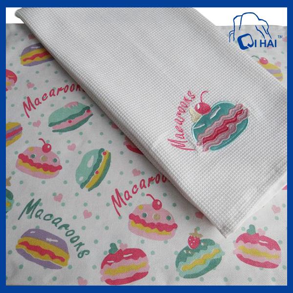 Macarons Print Kitchen Towel (QHK00111)