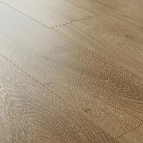 L7007-Light Brown Oak Embossment Uclick Laminate Flooring