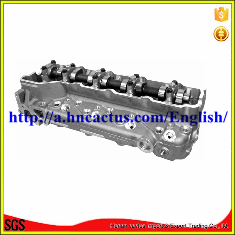 4m40-T Complete Cylinder Head Me202620 for Mitsubishi