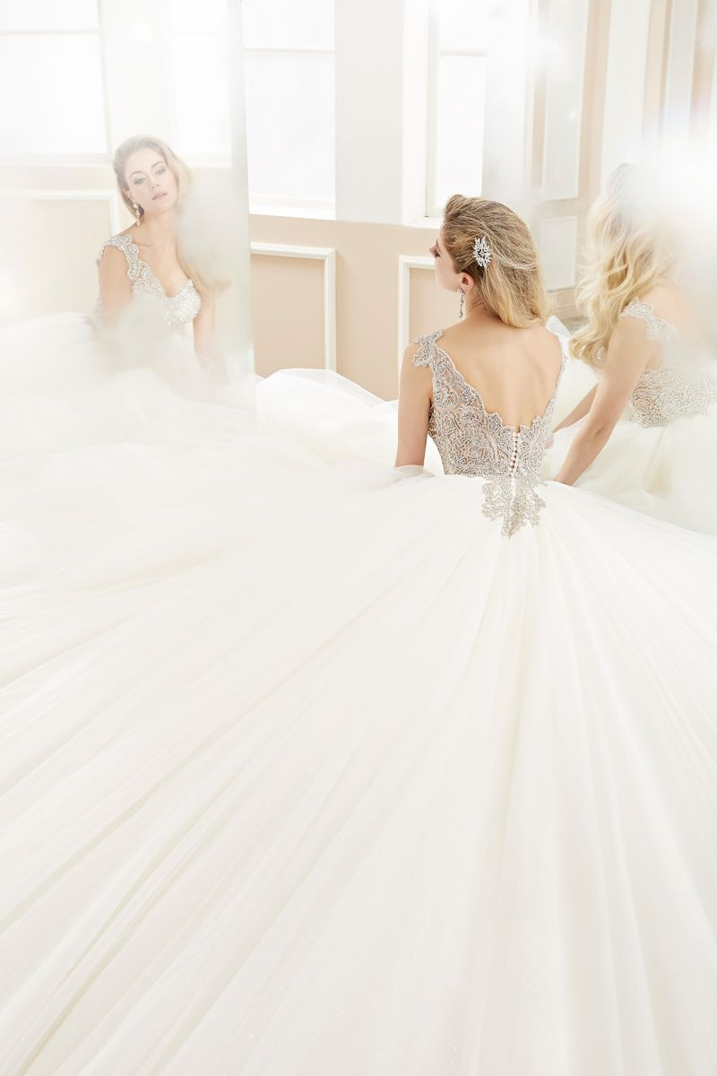 Sweetheart Crystal Beading Prom Evening Bridal Wedding Gown