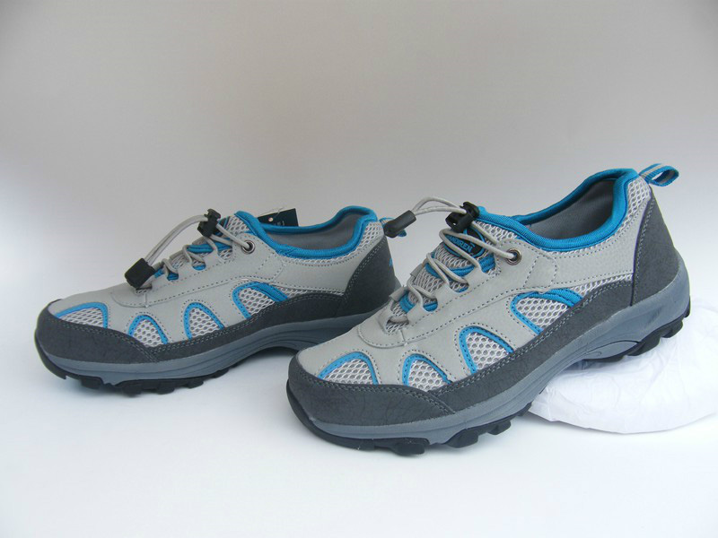 Ladies Outdoor Walking Shoes