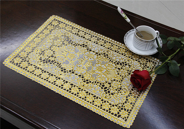 30*46cm PVC Lace Gold Tablemat Popular Use Coffee/Wedding/Party