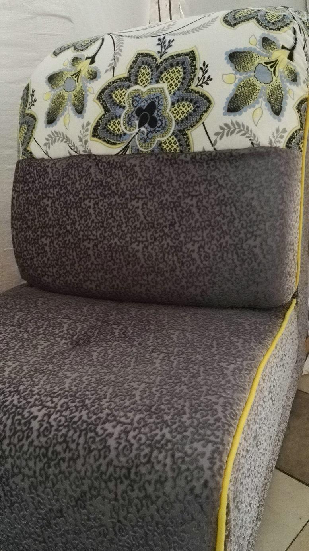 Warm Feeling High Quality Fabric Sofa 2192A