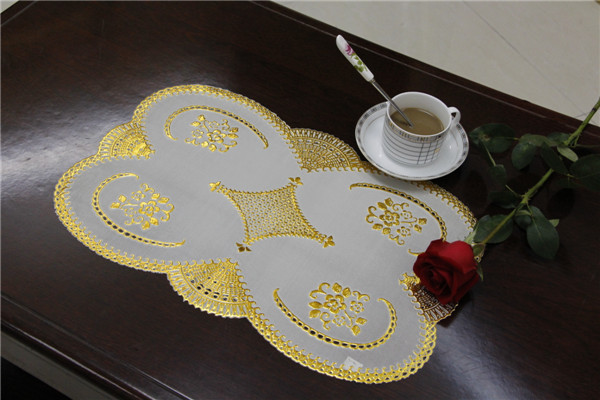 Popular Design PVC Lace Gold Tablemat Size 30*46cm Home/Coffee/Party Use