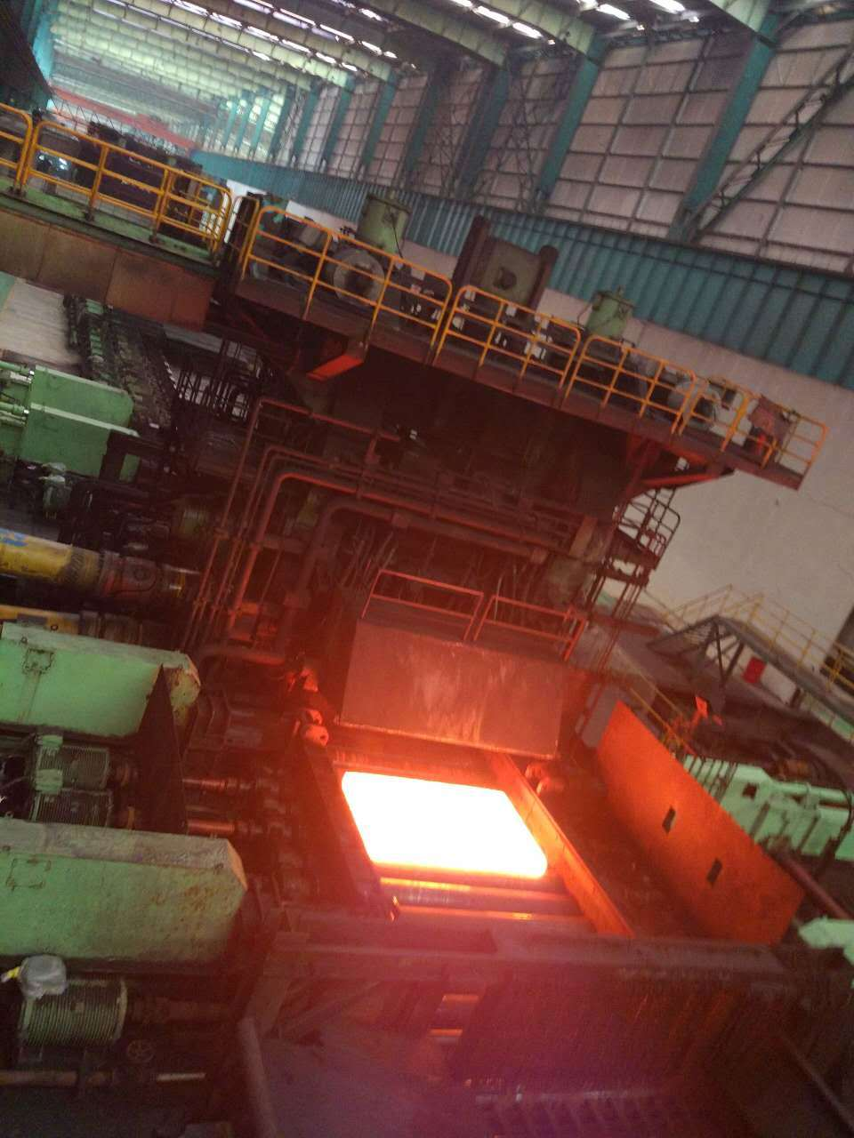 High Strength Alloy Resistant Hardfaceing Nm 400 Wear Plate