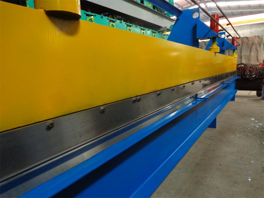 Qualified Suppliers Customizable Steel Bending Roll Forming Machine