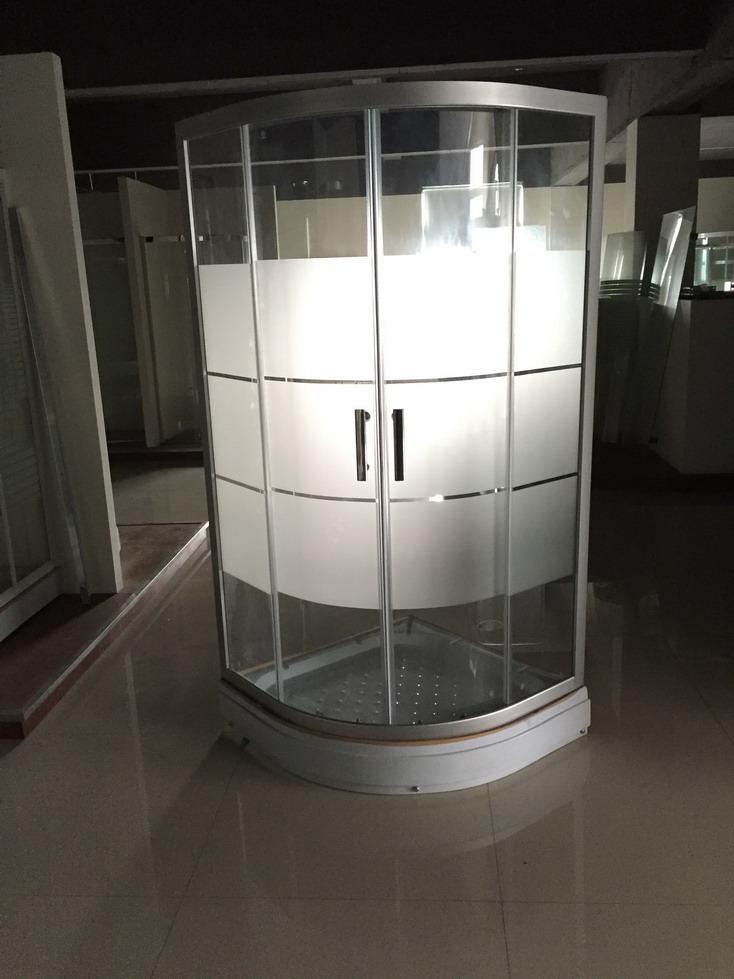 Green Glass Shower Enclosure