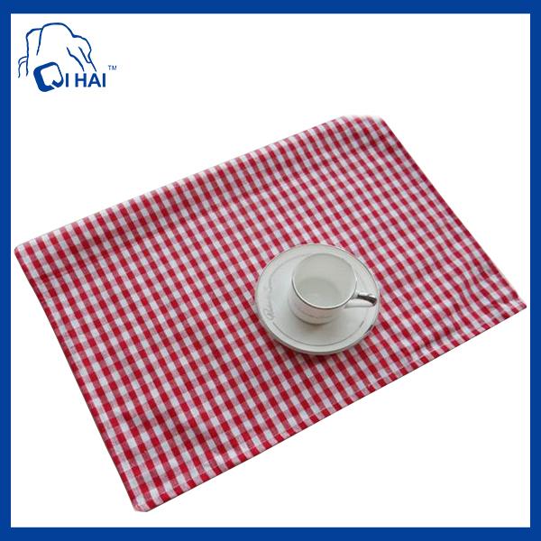 100% Simple Dinner Cotton Placemat (QHS44509)