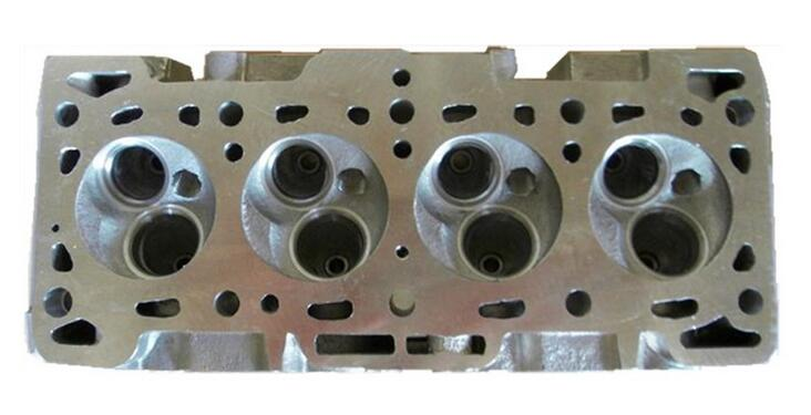 3L Cast Iron Cylinder Head for Toyota