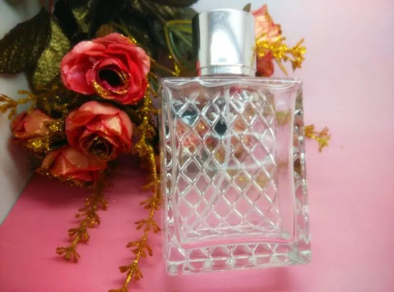 Hot Sale Fragrance Empty Women Shaped Glass Bottle for Perfume