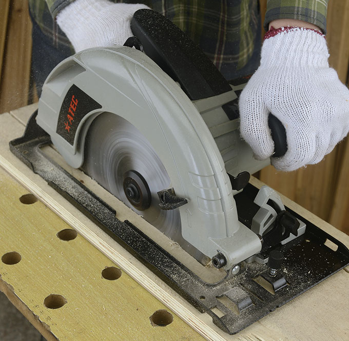 Best Selling Portable Cutting Tool Circular Table Saw (AT9235)