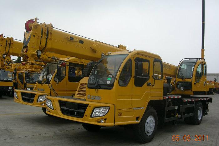 XCMG 16 Tons Construction Mobile Crane (QY16B. 5)