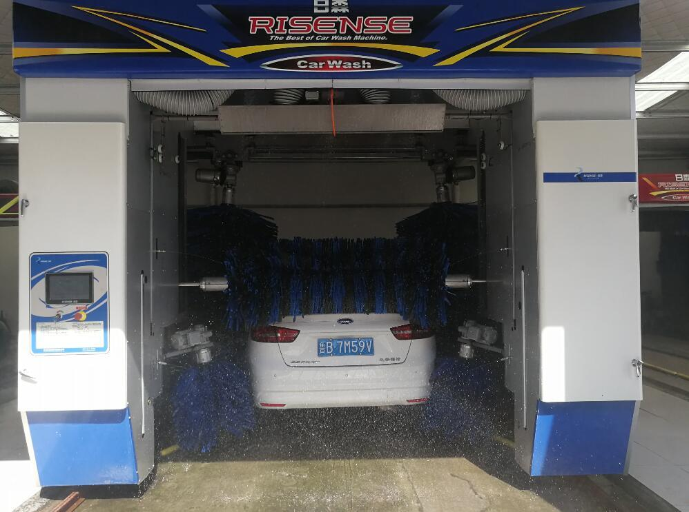 Car Wash Machine with Five Gentle Brushes