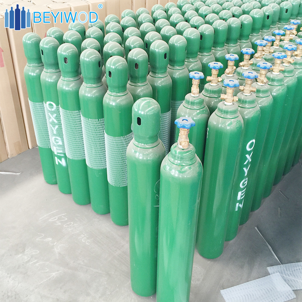 Factory Price 10L/40L Empty Steel Medical Oxygen Cylinder with Valve/Cap