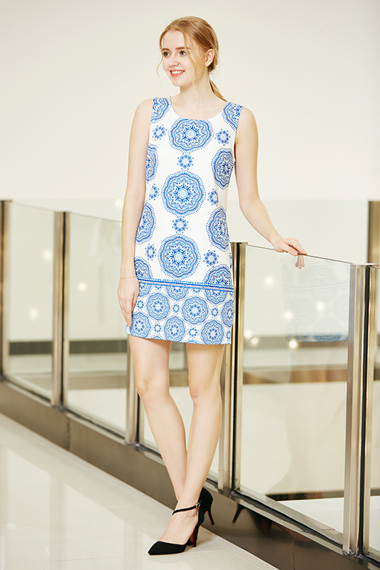 Sleeveless Round Neck Digital Border Printing Tunic Dress