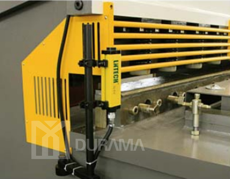Sheet Metal Working Machines, Shearing Machine, Shears, Guilloting Shears