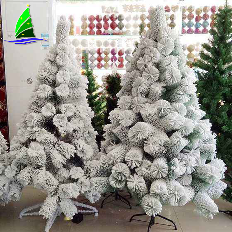 Decorate Clear Christmas Ornaments