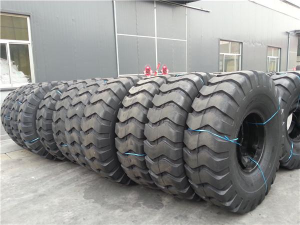 23.5-25, 26.5-25, 29.5-25 Bias OTR Tyre
