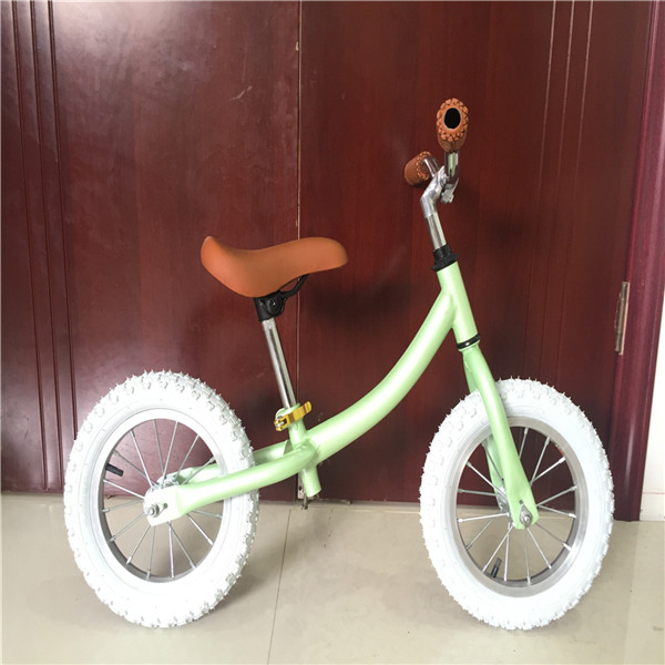 2016 New Model of Balance Bike European for Kids