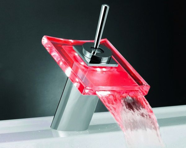 New Design Waterfall LED Bathroom Basin Mixers (WH-L-002)