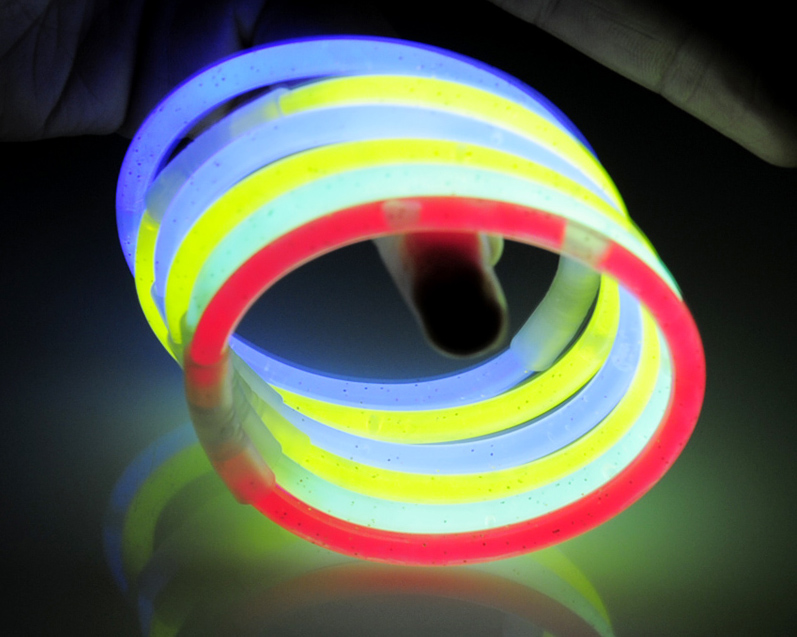 Premium Lumistick Glow Stick Bracelets Assorted Ce/ RoHS Standard Used for Concert and Parties