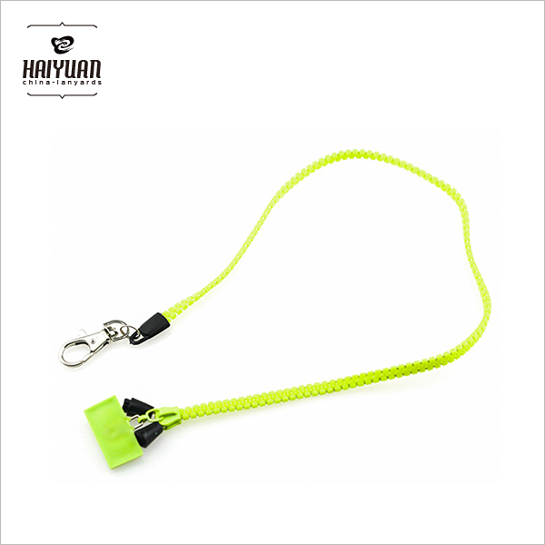 Competitive Price Factory Directly Plastic Zipper Lanyards with PVC Puller