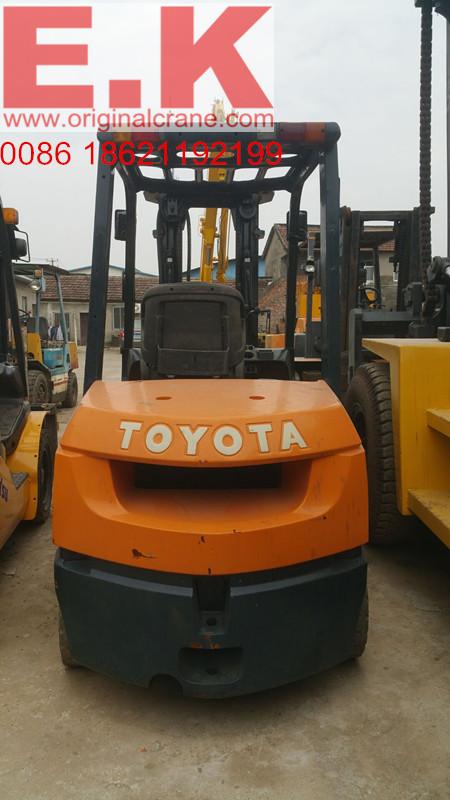 Japanese Forklift Used Diesel Engine Toyota Forklift 3ton (FD30)
