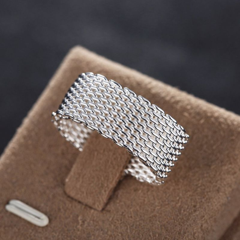 Whloesale Netted Round Ring Silver Plated Knitted Ring in Europe