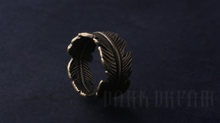 Charm Copper Color Ring Leaf Modeling Fashion Half Circle
