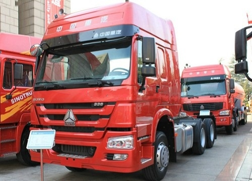 290HP Sinotruk HOWO 6 X 4 Tractor Truck with Good Price for Sale