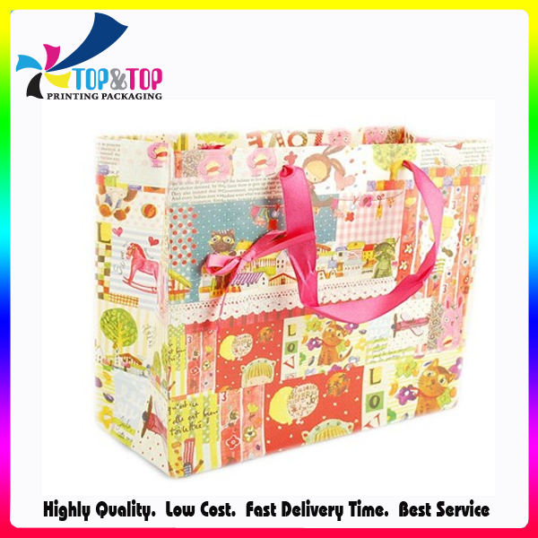 Different Size Chinese Factory OEM Paper Gift Bag Logo