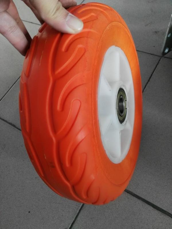 10X2.5 Steel Rim Flat Free Solid PU Wheel