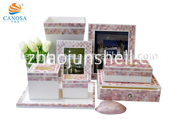 Luxury Amenity Pink Shell Mosaic Bathroom Amenity Set