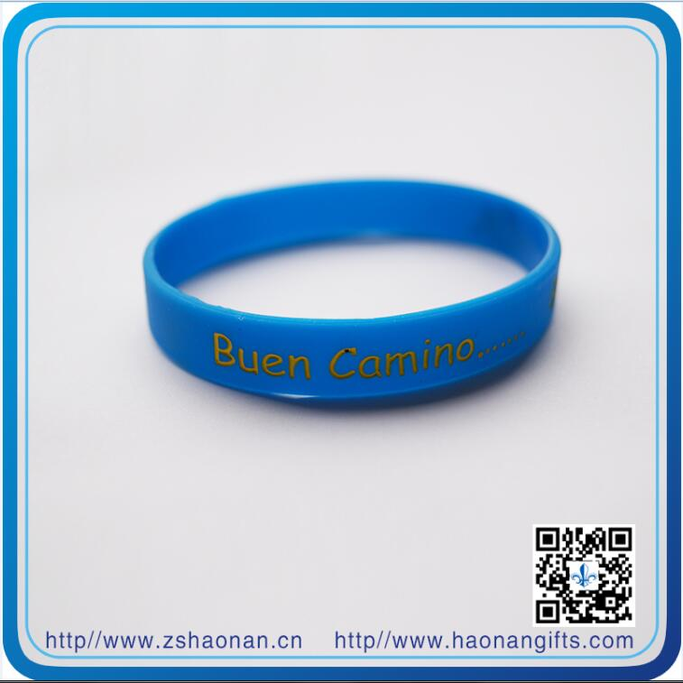 OEM Handicraft Silicone Wristband with Debossed Logo (HN-SW-124)