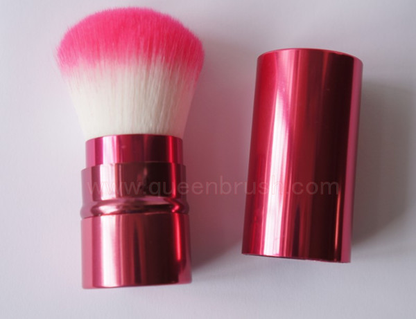 New Style Red Synthetic Retractable Kabuki Brush
