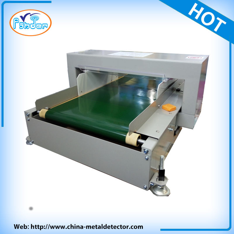 Conveyor Metal Detector Machine in Garments