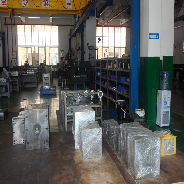 Plastic Injection Mould for Original Manufacture (YW1)