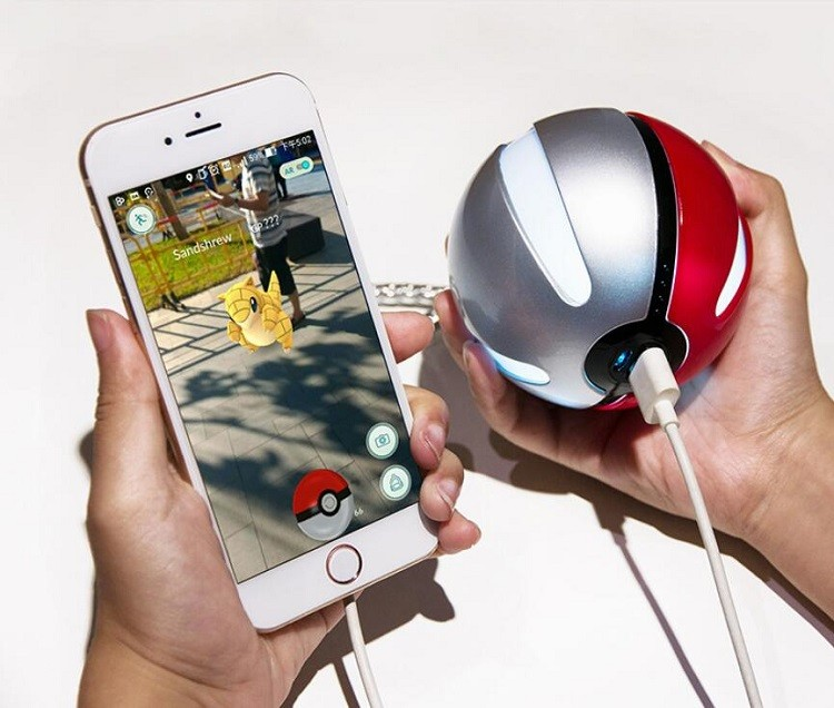 10000 mAh Pokemon Go Pokeball Portable Charger LED Light Pokemon Power Bank