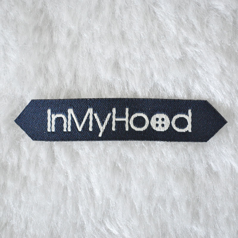 Waterproof Different Shape Main /Name Fabric Woven Label