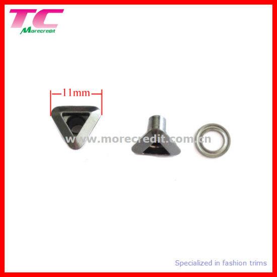 Triangular Metal Eyelet