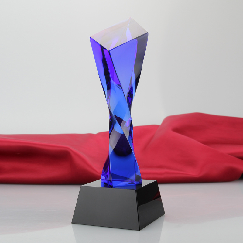 Customized High-Grade Crystal Trophy Creative Slant Glass Trophy