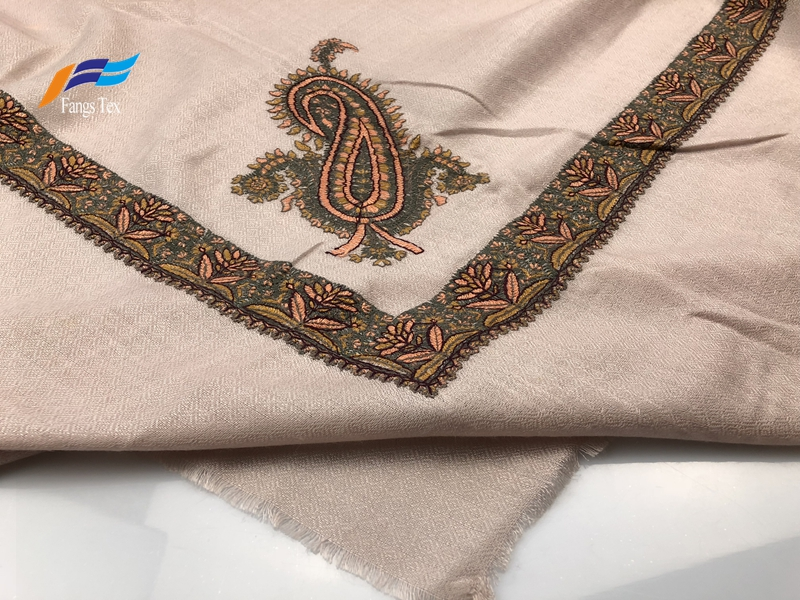 Elegant Muslim Printed Silk Polyester Autumn Square Scarf 2