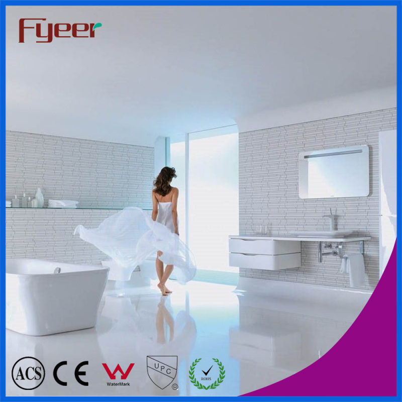 Fyeer New Design Niedrig Body Chrome Plated Crooked Quadrate Spout Single Handle Faucet Water Mixer Tap