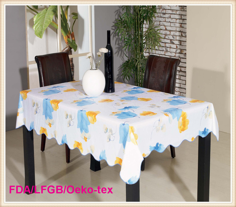 Waterproof Printed PVC Tablecloth on Roll