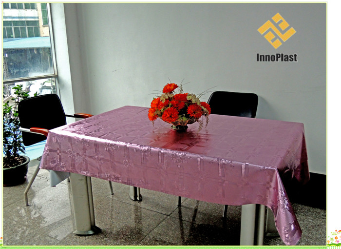 PVC Metallic Embossed Grain Tablecloth with Yarn Fabric Backing