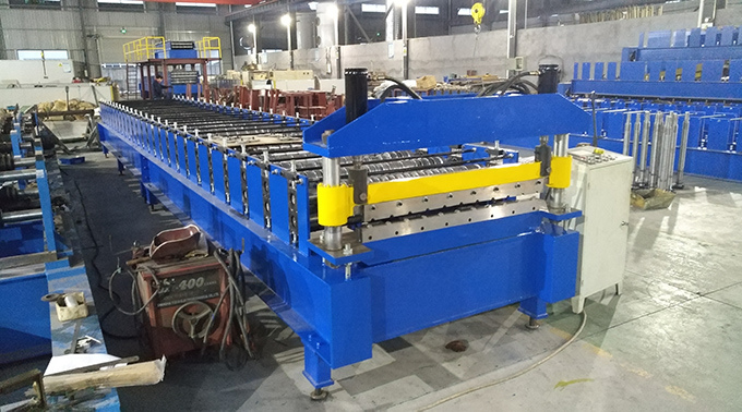 Trapezoidal Roof Wall Panel Metal Sheet Forming Machine Roll Formers