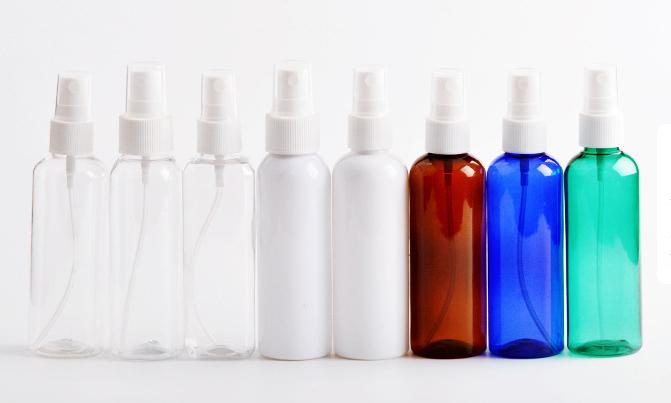 clear spray bottles