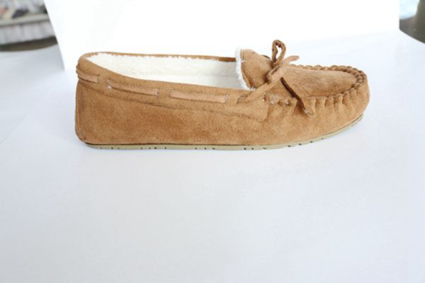 Woman's Loafer Shoes with Tied in a Bow
