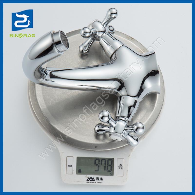 Double Cross Handle Lavatory Chrome Swan Neck Basin Mixer Faucets