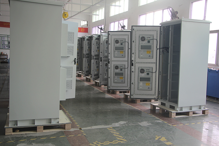 Newest Outdoor Battery Cabinets of Protection Degree IP55 with Air-Conditioning